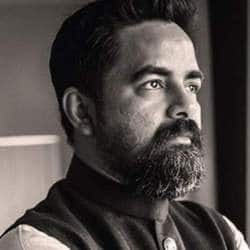 Sabyasachi Mukherjee Writes An Open Letter On The Saree Issue; Apologises For Using The Word 'Shame'