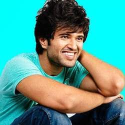 Know What Special Prize Vijay Deverakonda Has Offered To His Fans