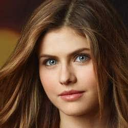 Is Alexandra Daddario Executive Producing And Starring In 'Can You Keep A Secret?