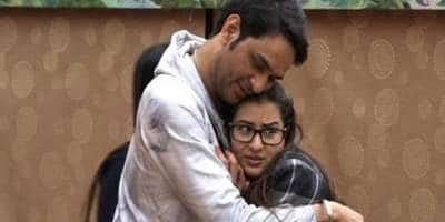 Bigg Boss 11 Nov 13: Akash And Hina Believe That THIS Housemate Is The Biggest Player In The House!
