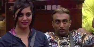 Bigg Boss 11 Dec 12: Akash Dadlani Calls Arshi Khan His Girlfriend And Kisses Her On The Lips!