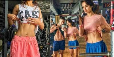 Disha Patani Looks Hot As Hell As She Flaunts Her Rock Hard Abs In This Picture