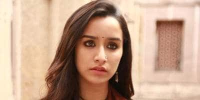 Did you know why Shraddha Kapoor wears a crystal pendent in Stree ?
