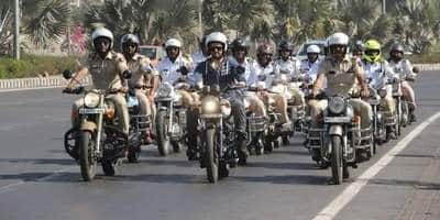 Maniesh Paul Rides With The Mumbai Traffic Police To Stand In Solidarity With Road Safety