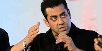 Salman Khan Slaps A Security Guard For Misbehaving With A Young Fan