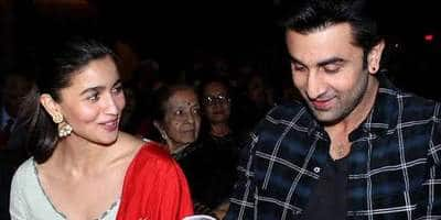 Ranbir Kapoor And Alia Bhatt Busy Themselves In Scouting For Their Perfect Honeymoon Destination