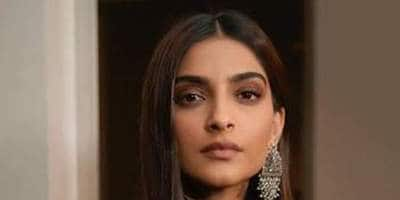 """Sonam Kapoor Shares Her Horrible Experience With Uber Cab Service, Says 'The Damage Is Done"""""""