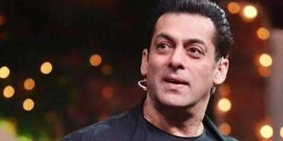 SalmanKhan Ditches His Car And Security And Cycles To The Bigg Boss 13 Set; Watch Video