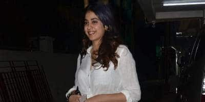 Janhvi Kapoor Kick-Starts Her Birthday Celebrations In A White Retro Outfit; Get Her Look