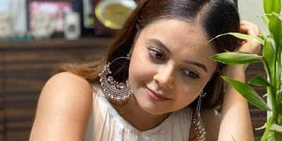 Devoleena Bhattacharjee Talks About Death Threats And Cyber Bullies Says, 'Blocking Them Is Not A Solution'