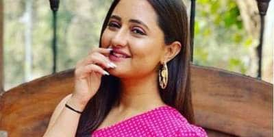 Rashami Desai's Next Venture After Naagin 4 To Be An OTT Show?