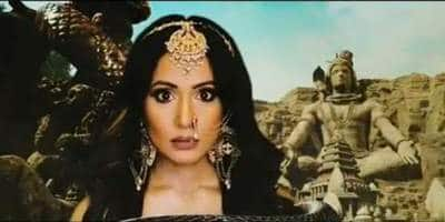 Naagin 5 Promo: Hina Khan's Look From The Show Revealed, Actress Begins Shooting Today