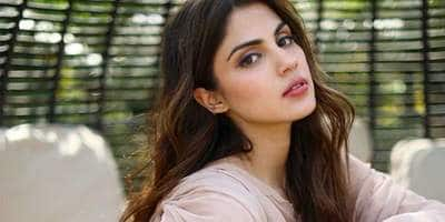 Rhea Chakraborty's Call Records Show She Called Shruti Modi 808 Times, 147 Calls Exchanged With Sushant