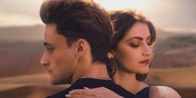 Asim Riaz And Shivaleeka Oberoi's Saiyyonee Is A Song For The Broken Souls, But The Chemistry Disappoints