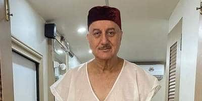 "Anupam Kher's ""Project Heal India"" Donates Oxygen Concentrators, Bipap Machines To BMC For COVID-19 Relief Work"