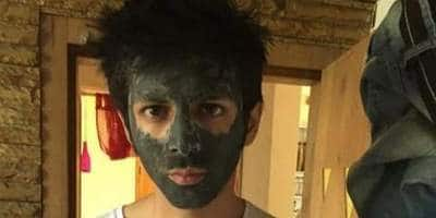 Kartik Aaryan Shares A Hilarious Throwback Picture, Asks Fans For 'Wrong Captions Only'