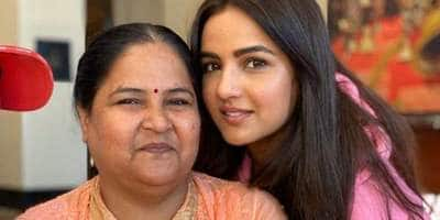 Jasmin Bhasin Shares An Update On Her Covid-19 Positive Mother's Health, Reveals She's Been Discharged
