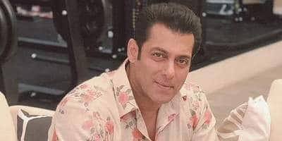 Bhaijaan: Salman Khan's first look to be unveiled soon; Makers are eyeing a Diwali 2022 release