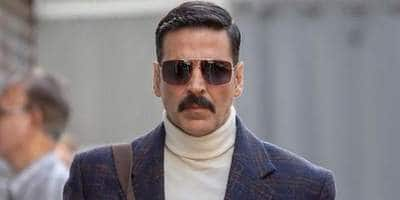 Akshay Kumar reveals he had watched 'Amar Akbar Anthony' in theatre by buying ticket in black