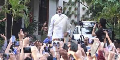 Amitabh Bachchan misses his pre-pandemic 'Sunday darshan' with fans outside his home Jalsa