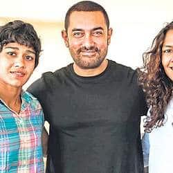Aamir Khan Meets Wrestler's Daughters, Discusses Dangal