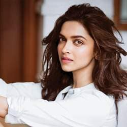 Deepika Padukone Hosts Lunch For Her Core Team Members After Arriving in Mumbai
