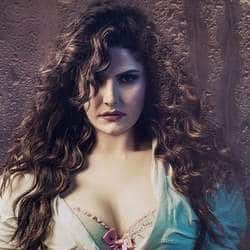 Zarine Khan's Mother Encourages Her To Do Bold Scenes