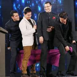 Shahrukh, Salman and Aamir share stage to allure fans