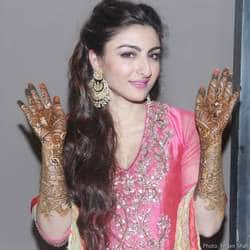 Soha Ali Khan Mehendi Pictures At Her House in Bandra.