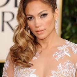 Jennifer Lopez joins Chilean miner film 'The 33'