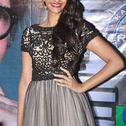 Sonam Kapoor wants to work in Hollywood like father Anil Kapoor