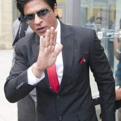 SRK misbehaves with cricket officials, may face lifetime ban from entering Wankhede