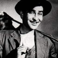 Grand Pa Raj Kapoor encouraged us to perform by distributing toffees: Ranbir Kapoor
