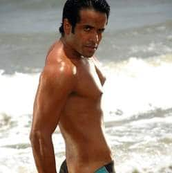 Tusshar Kapoors naughtier side comes to forefront again